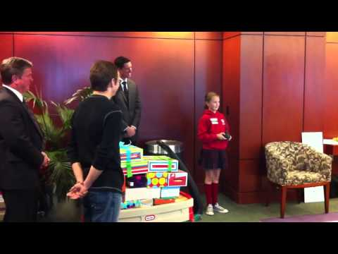 Grace Visits Shriner's Hospital for Children in Sacramento