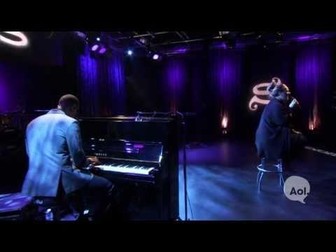 Adele Someone like you (LIVE AOL Sessions HQ)