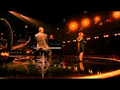 Adele - Someone Like You (Live On The Brit Awards 2011) 15/02/11
