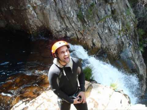 Canyoning no centro de Portugal - AVENTURIS