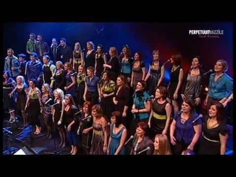 "Perpetuum Jazzile - ""Avsenik Medley"""