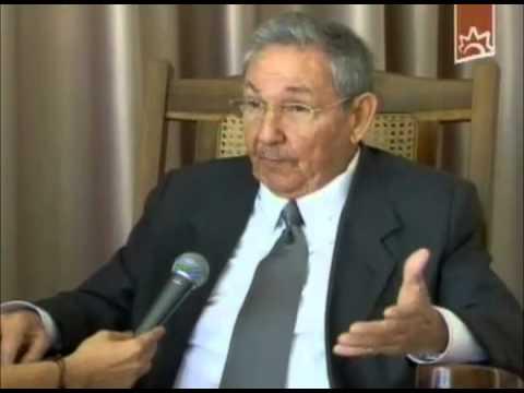 Raúl Castro: Chávez nos enseñó a reinterpretar la historia