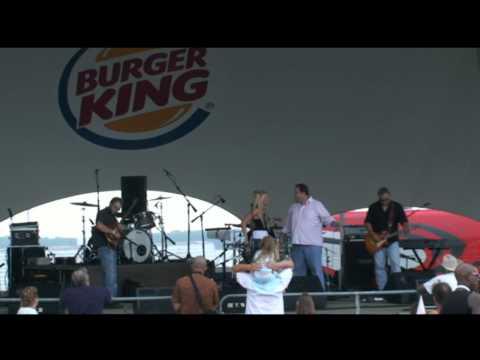 Kellie Lynne - Mayor Joe Sinnott Says Goodbye