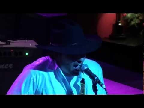 Travis Wayne - Ch-Ching Live at the Eddie Montgomery Steakhouse
