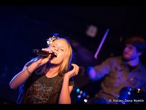 """""""Pontoon"""" by Little Big Town covered by McKenzie JaLynn & The Renegades"""