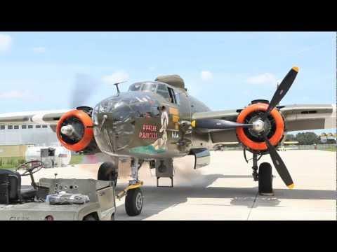 B-25 Engine Test in HD