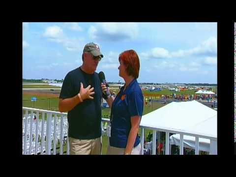 14040605 E1  Field Interviews Announcer Stand -Lori -Wayne Boggs