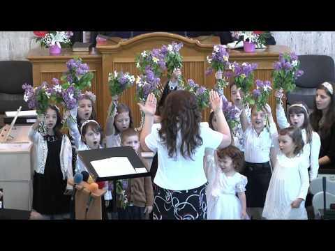 Corul de copii - Un grupaj de cantari, de Florii 2013