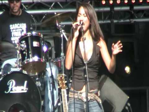 Star de Azlan - Baby I Like 'Em Like That