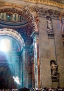 un angel em Vaticano
