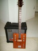 Cigar Box Guitar 021