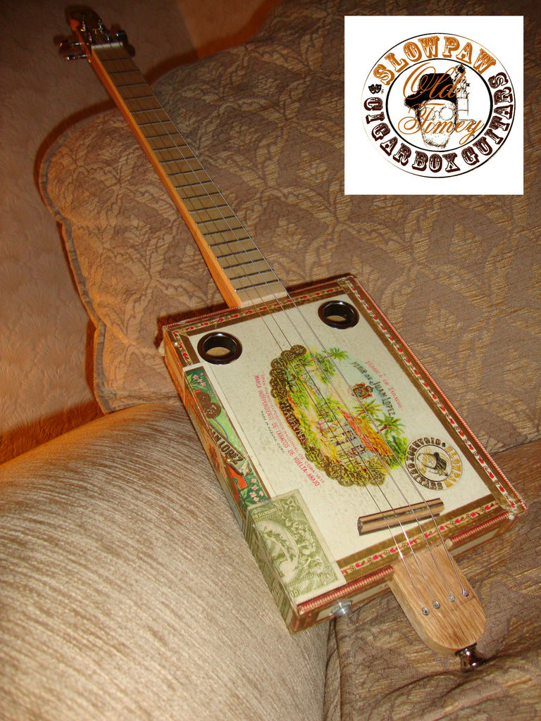 Old Timey Parlour Deluxe 4 string Super Piezo