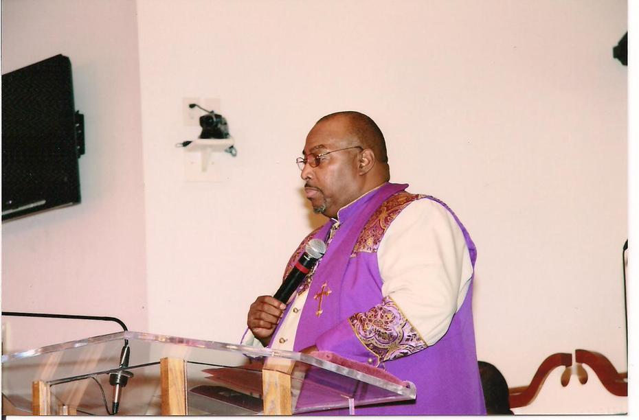 Dr. Aaron McCall,Presiding -MMA Consecration 2009