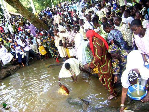 Osun sacred groove in worship of river goddess