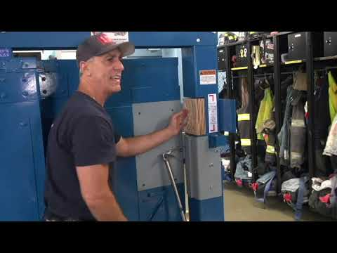 """Sounding/Shocking"" versus ""Gapping"" - Firefighter Forcible Entry"