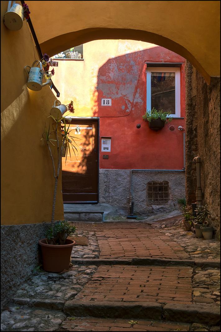 Angoli di Genova antica