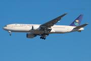 Saudi Arabian Airlines B777-268ER (HZ-AKD)
