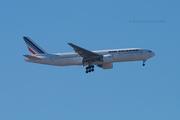 Air France B777-222ER (F-GSPC)