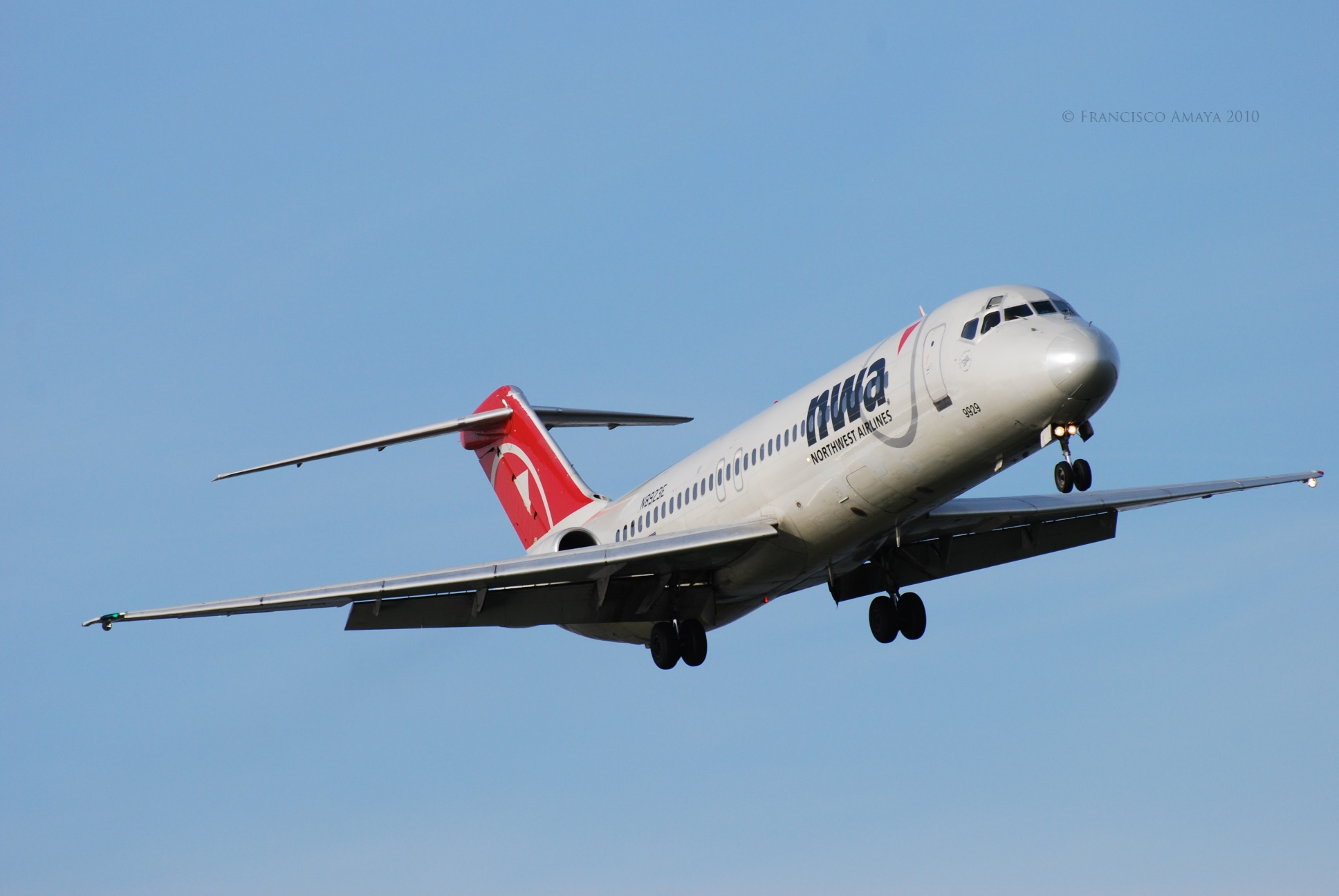 Delta Air Lines (Northwest Airlines) DC-9 (N8923E)
