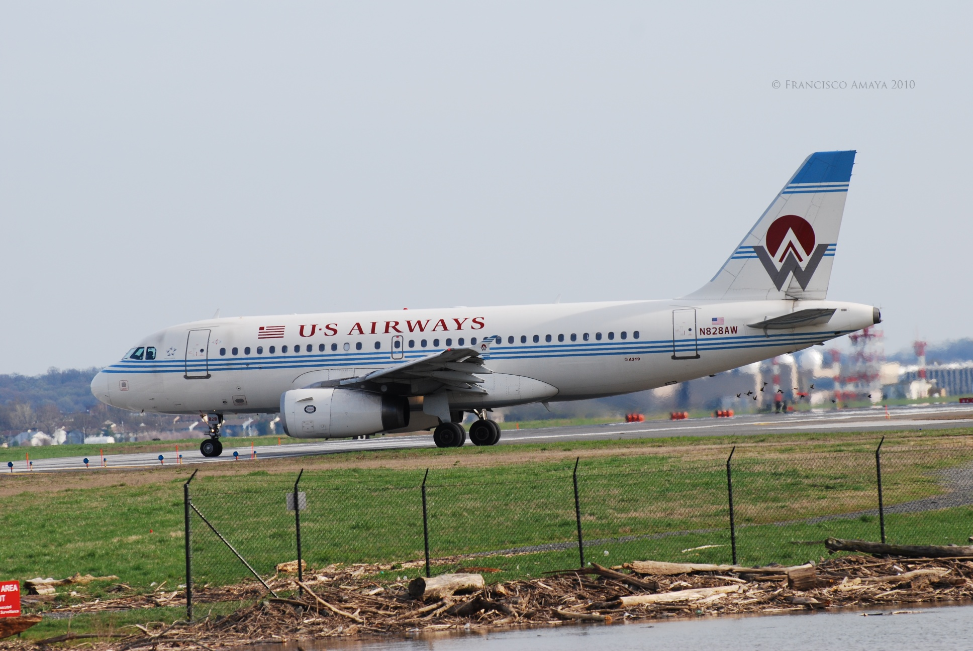 US Airways A319-132 (N828AW)