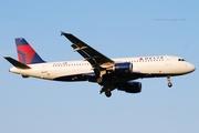 Delta Air Lines A320-211 (N325US)