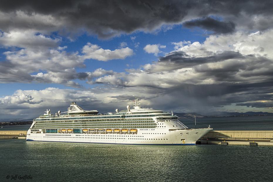 Serenade of the Seas mmsi 311492000