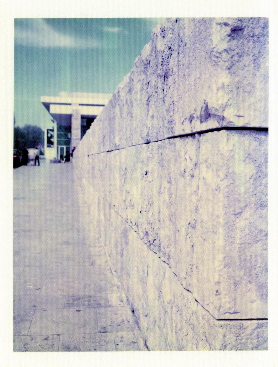 Roman wailing wall_1