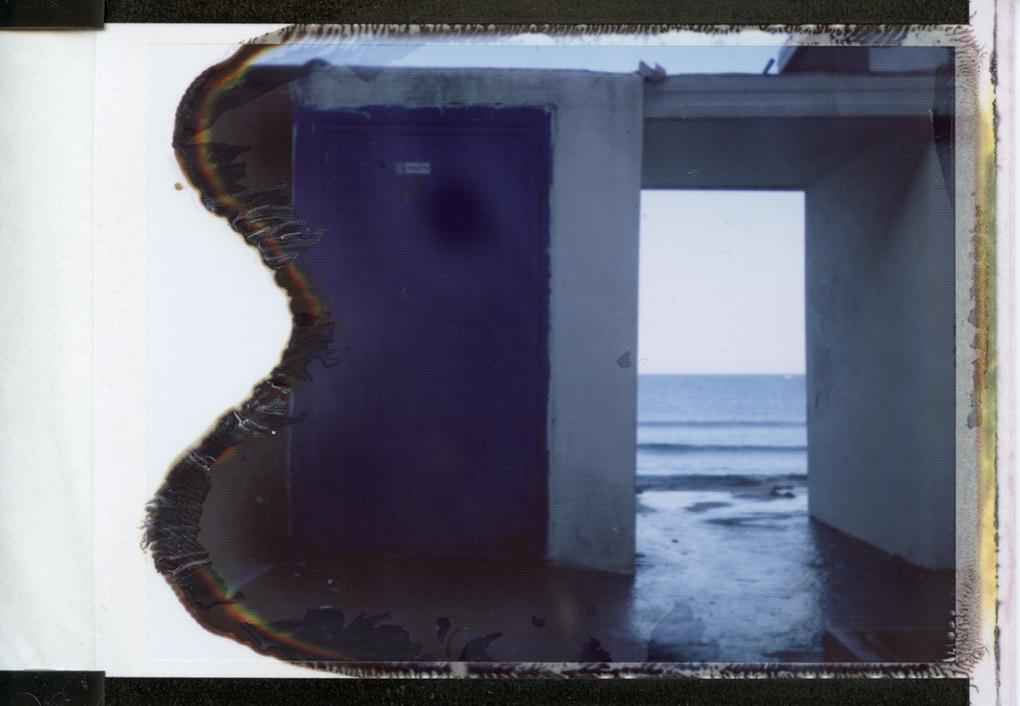 """""""Il mare cancella, di notte. La marea nasconde."""" Alessandro Baricco - Oceano Mare."""