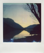 Polaroid Sx 70 - Impossible 2.0 scaduta ( con panchina)