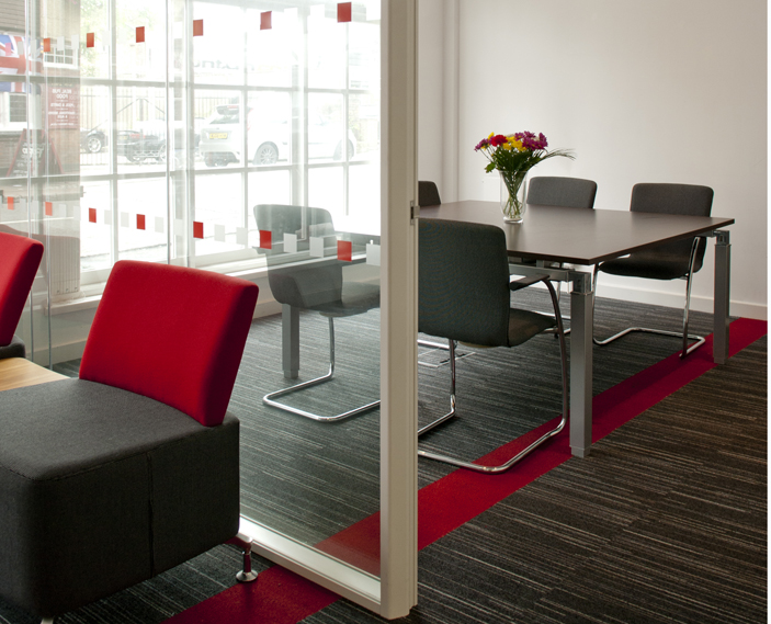 Serviced Offices, Iver Bucks, Iver Dock.  Small meeting room