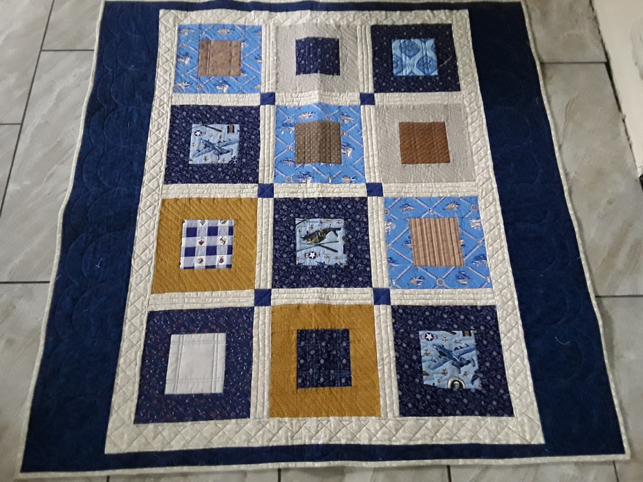 Inset squares kit quilt from sew-in day
