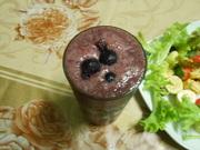 Blueberry-banana smoothie