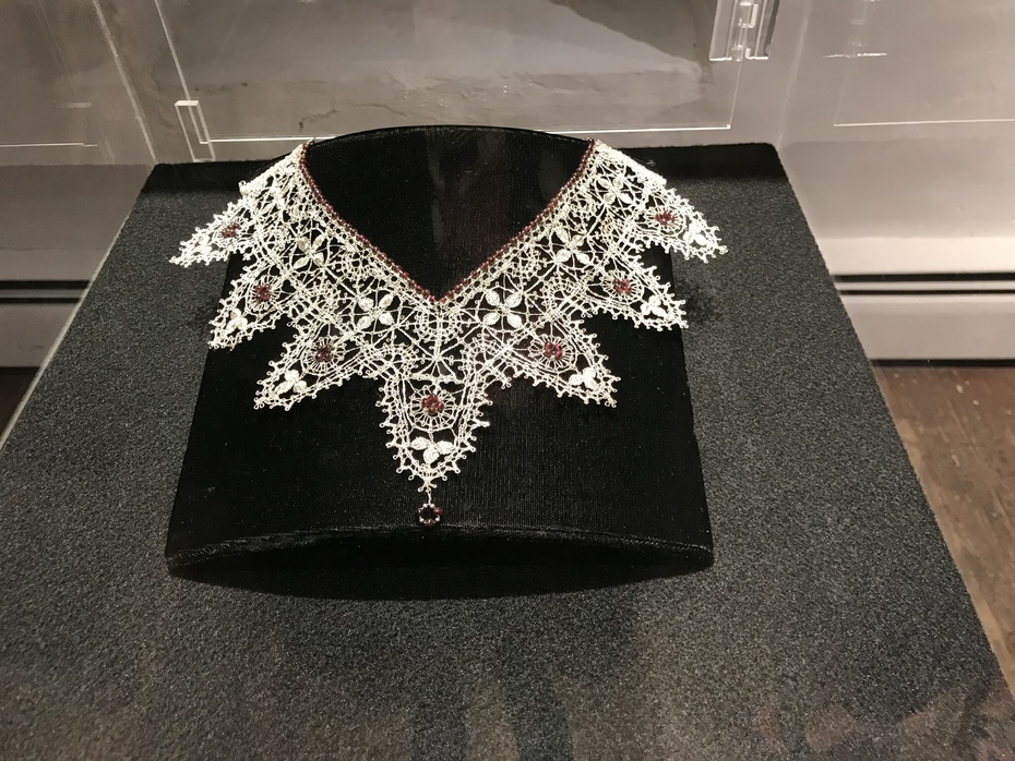 Genoese Scallop necklace