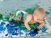 CRIANÇAS: Pinturas Divertidas com Mãos e Pés à Mistura (+6 meses)
