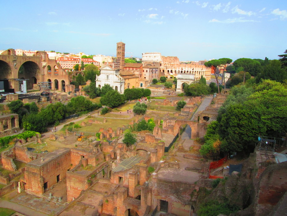 Forum - view from the Palatine looking toward the Colosseum