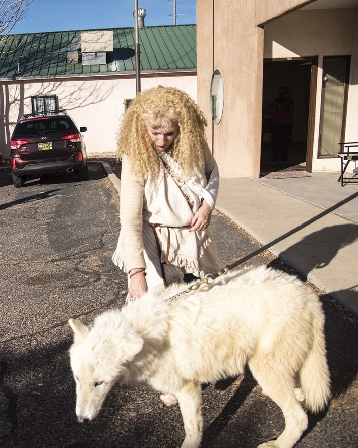 Carole and Flurry Artic Wolf-4