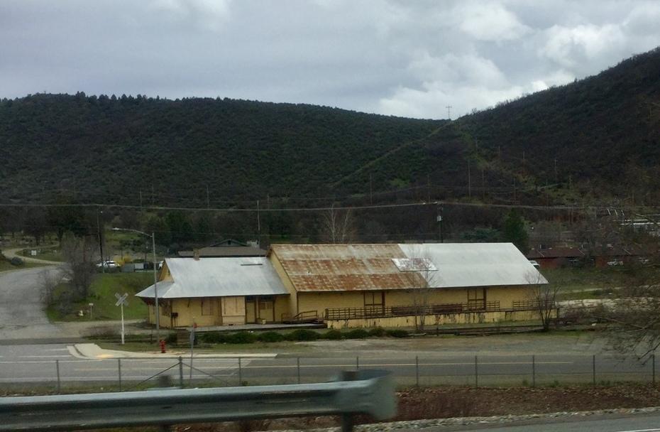 Yreka depot falling apart.