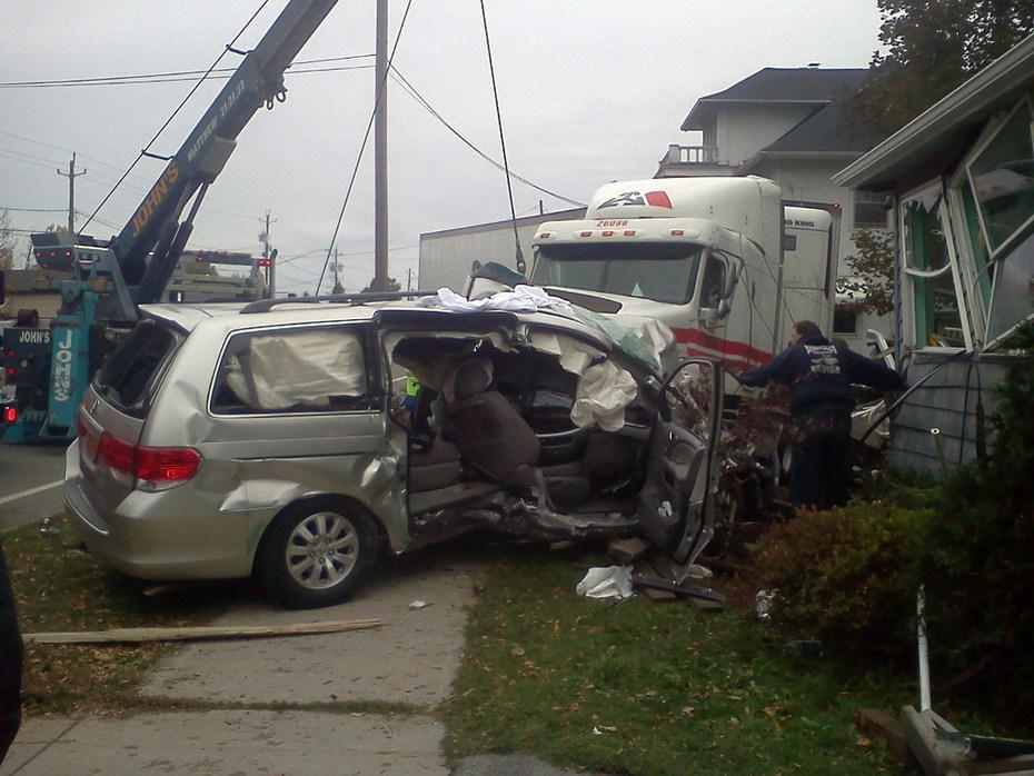 East Amherst FD Double Fatal MVA - 6241 Transit Rd
