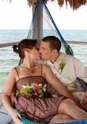 VALENTINE'S DAY KISS