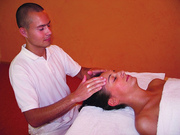 Ayurveda Massage Shiro Abhyanga