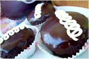 Chocolate Cream Cakes