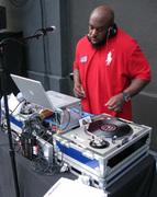 D.J. Big Russ on the flex @ LA Jazz Fest '08