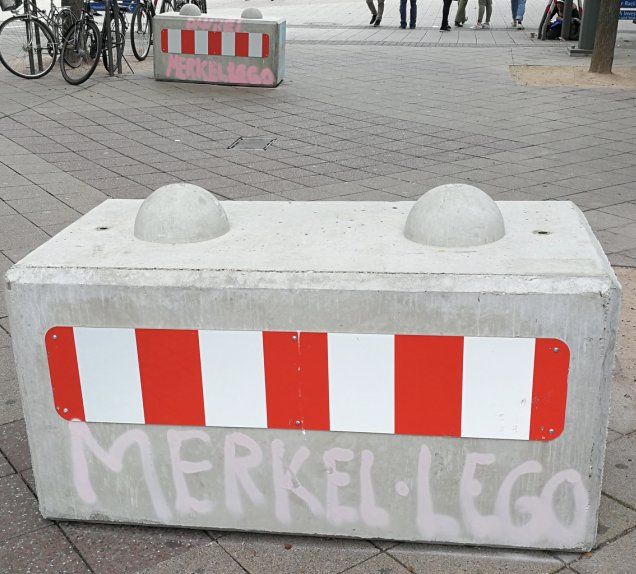 MERKEL LEGO