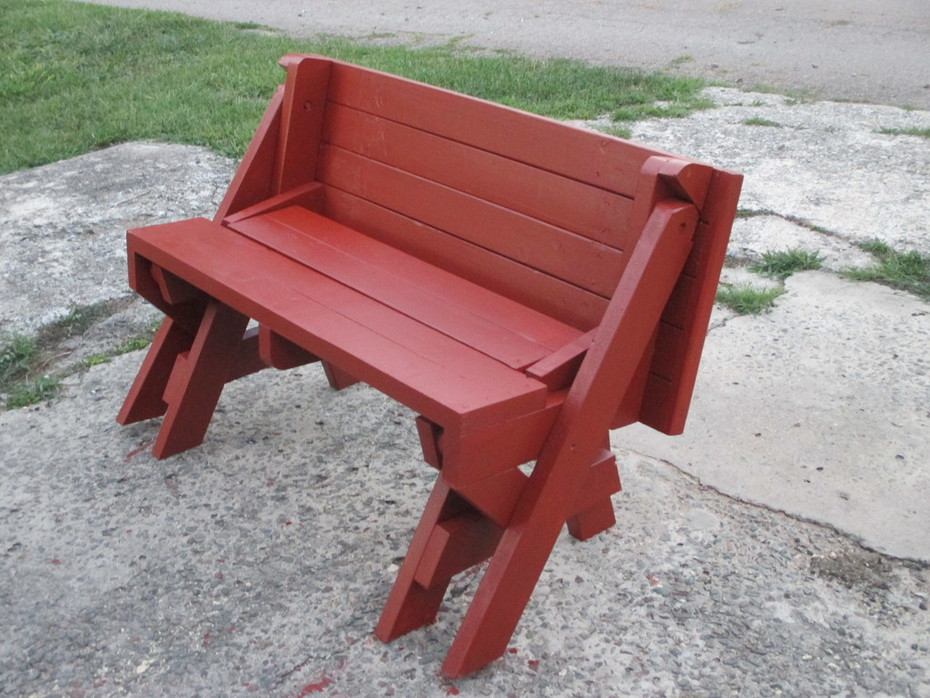 006  Four foot picnic table / bench