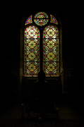 Glas in lood raam in de kapel