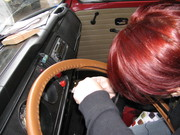 Sewing on the steering wheel cover