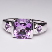 Cushion And Round Shape Amethyst Ring In Silver