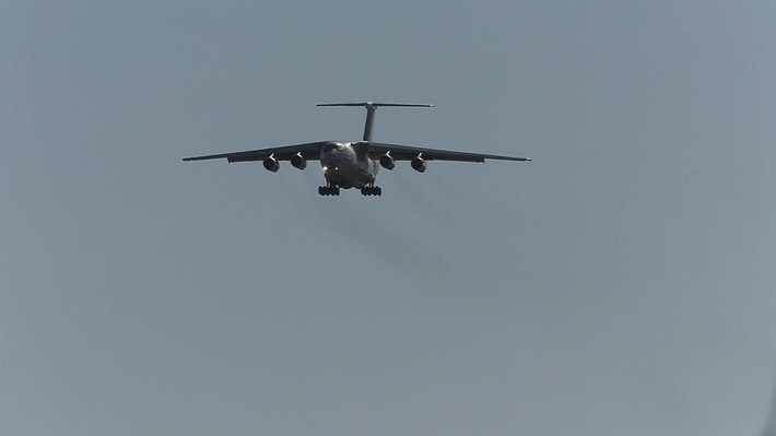 Landing Il-72TD, EW-510TH, airlines BelTechExport