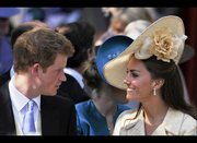 KATE W/ HER BROTHER IN LAW PRINCE HARRY APRIL 29 2011