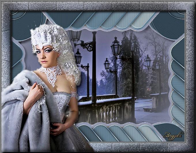 Bundás hölgy